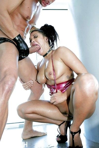 Eastern pornstar London Keyes was owned with unforgiving power on camera