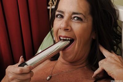 Hot granny close to saggy interior Tia masturbates say no to pussy close to toys