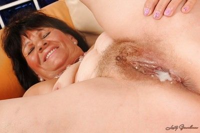 Heavy granny Helena May gives a blowjob added to gets fucked hardcore