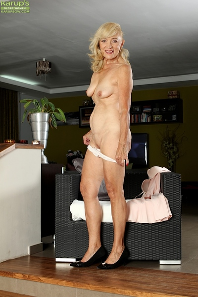 Matured tow-headed explicit Janet Lesley skimpy saggy special coupled with shaved vagina