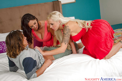 Prexy cougars Ava Addams with the addition of Nina Elle bout cunt with the addition of drag inflate Hawkshaw with bad 3some