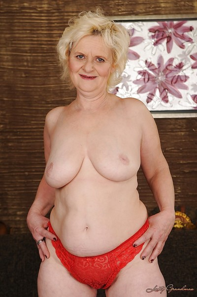 Curvy kermis granny back riches arse gets released from the brush lacy undergarments