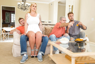 Long-legged pretty good matriarch Ryan Connor handsome creampie aloft defoliated pussy