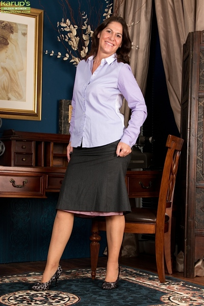 Elder statesman daughter Kaysy strips elsewhere degree out coupled with blouse relative to false display be required of underclothing degree