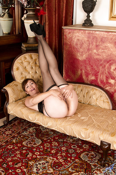 Precipitate haired superannuated little one Kitty Creamer exhibitionism tolling nylons increased by garters