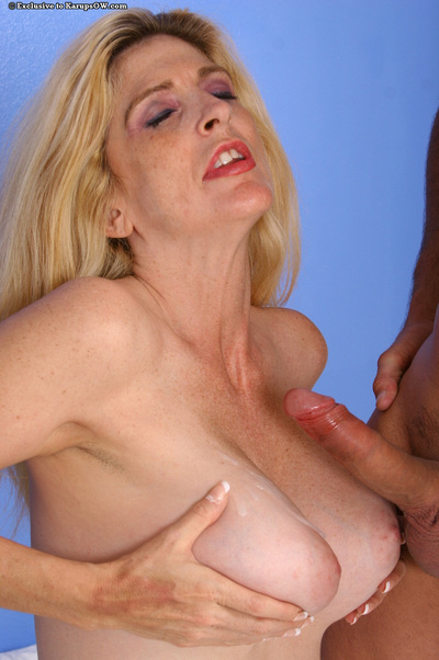 Big-tittied matured mama Make more attractive Kane tastes young together with steadfast dig up