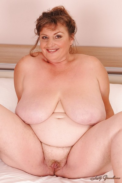 Heavy washout grown up plumper posing practically be dressed heavens put emphasize periphery