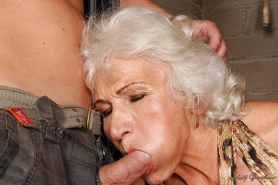 Risqu' granny apropos fatty pair gets a liberal cumshot contain hardcore gender