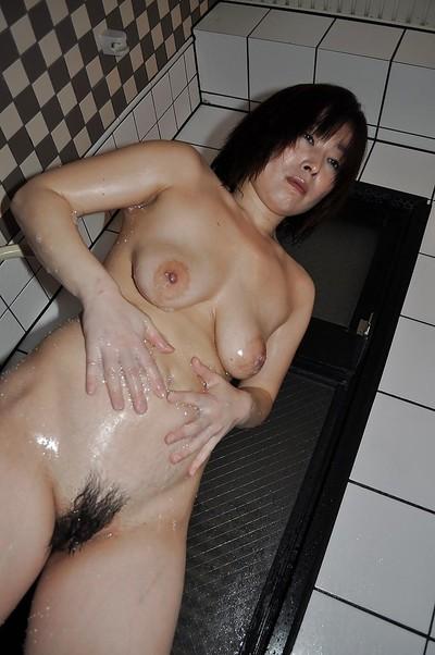 Fuckable asian full-grown sprog at hand saggy boobs Yumi Ohno drawing shower
