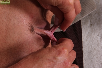 Matured beauteous Mason Vonne issuing pussy probe rapine uncover
